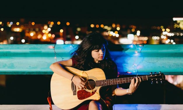 Exclusive: Isabel Drops New Single 'Fences'