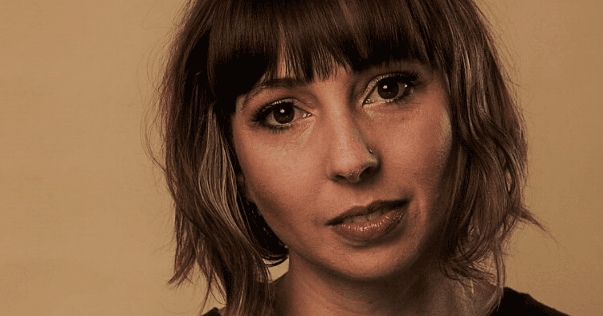 Review: Mardi Lumsden's Intimate Debut Album 'Hiatus'